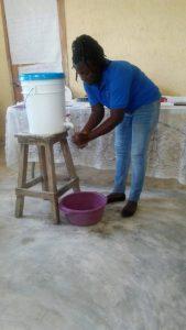 Education en Haiti - Lavage des mains
